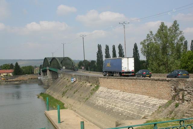 Photo thierry pere 2005 et carte ancienne collection for Piscine pont de vaux